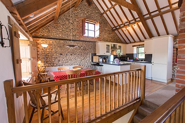 Old Flint Barn Cottage's dining area and kitchen