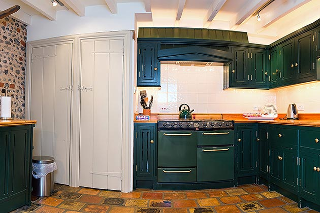 Rosedale Barn Cottage's kitchen