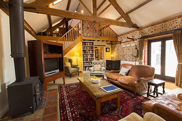Rosedale Barn Cottage's lounge, opposite view