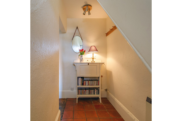 Driftwood Cottage's ground floor corridor