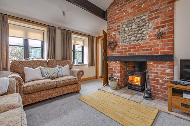 Plover Cottage Home Farm Weybourne Holiday Cottages